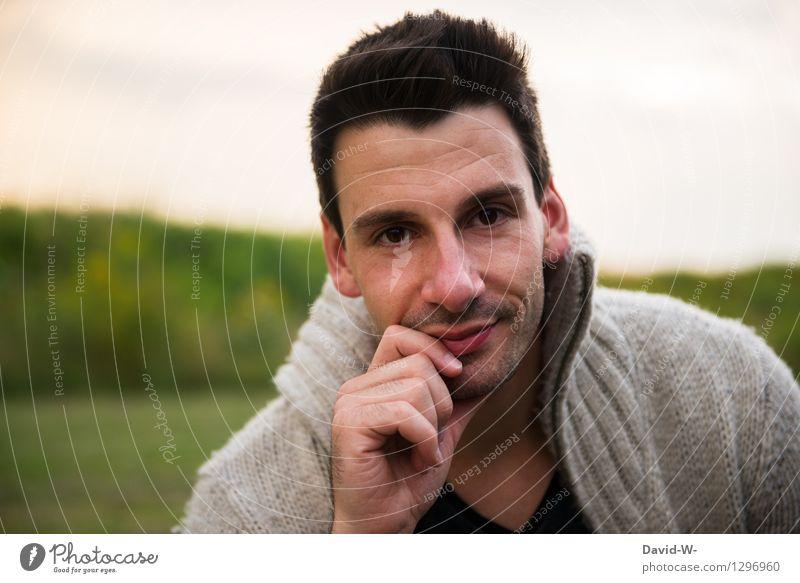 aufmerksam Mensch Natur Jugendliche Mann Hand Winter 18-30 Jahre Gesicht Auge Erwachsene Leben Herbst Stil Haare & Frisuren Kopf Denken
