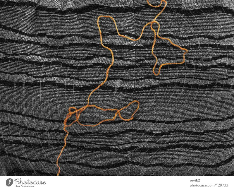 Entwicklung Handarbeit Handwerk Kunst Bekleidung Stoff Knoten dünn grau orange Wolle Kunsthandwerk Nähgarn Kurve Sofa Dekoration & Verzierung Farbfoto