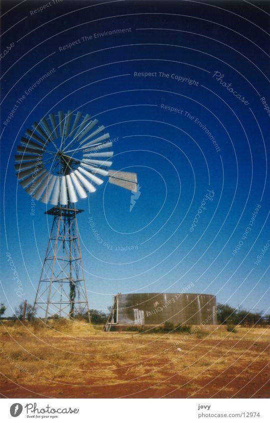 Wasserpumpe blau Ferien & Urlaub & Reisen Wind Turm Windkraftanlage Stahl Australien Tank Outback Wasserpumpe