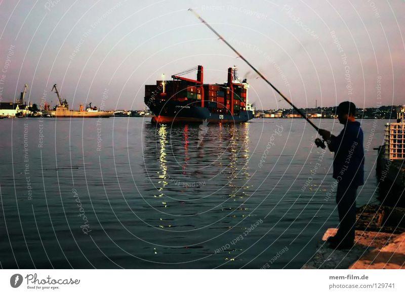 welthandel Globalisierung Wasserfahrzeug Angelrute Angeln Handel Kuba Havanna global Meer See Schifffahrt Güterverkehr & Logistik Hafen Container