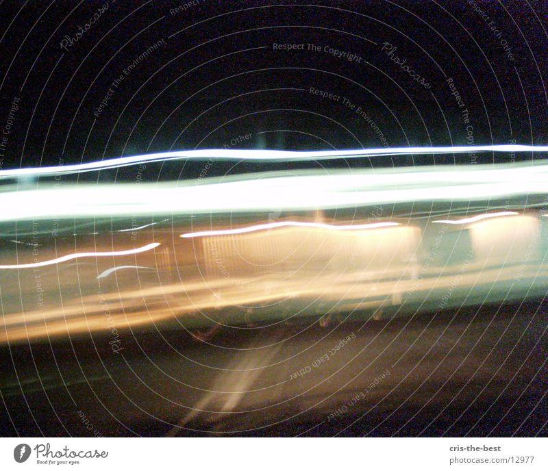 x-motion-2 Blitze Licht Geschwindigkeit verrückt Streifen Fototechnik caos crasy hell lichtblitz