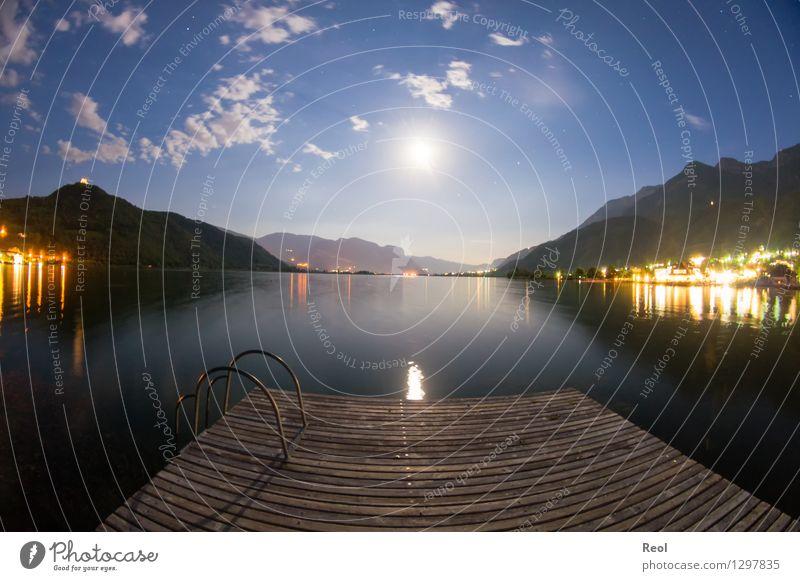 Nächtlicher Steg Abenteuer Ferne Sommerurlaub Natur Landschaft Urelemente Wasser Himmel Nachthimmel Mond Vollmond Schönes Wetter Hügel Alpen Berge u. Gebirge