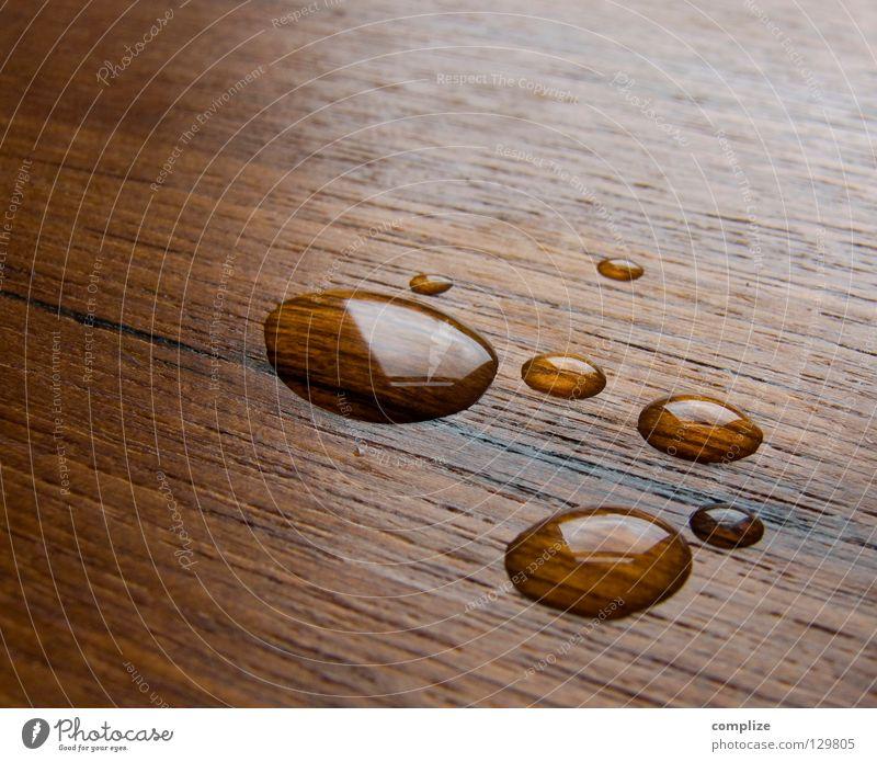 dropped nass Holz spritzen Teak Siebziger Jahre Sechziger Jahre Design braun frisch Wasserspritzer weich Schwimmbad Kreis rund Reinigen feucht sehr wenige 7
