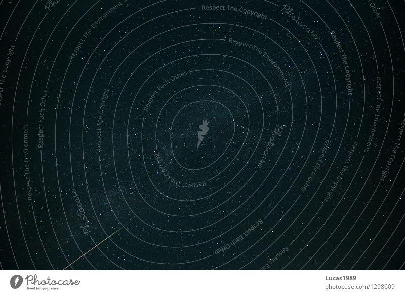 Sternschnuppe auf der Milchstrasse Himmel schön Sommer Ferne dunkel schwarz Straße Schönes Wetter Weltall Wolkenloser Himmel Momentaufnahme Nachthimmel