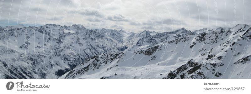 Gipfelpanorama Ferien & Urlaub & Reisen weiß Landschaft Wolken Ferne Winter kalt Berge u. Gebirge Schnee fliegen Felsen Eis Luft frisch Wind groß