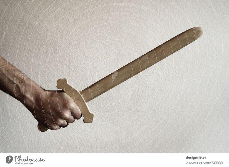 Für´s Terrorkind Schwert Holz Waffe Spielzeug Spielen kämpfen schlagen geschnitten stechen verletzen töten Krieg Fechten Defensive attackieren Angriff ernst