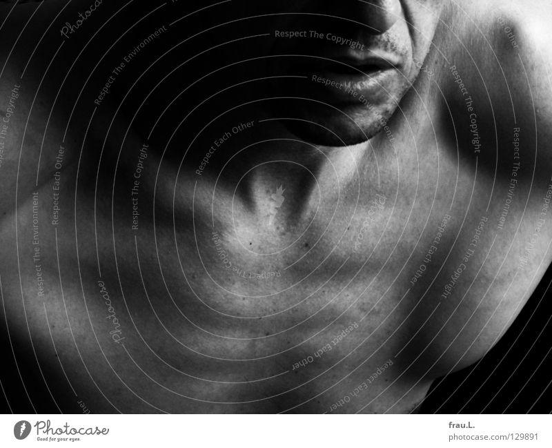 Ausschnitt Mann nackt alt dünn Mensch 50 plus Brustkorb Rippen maskulin Schulter Gefäße attraktiv Bart Akt junger Alter Haut Brustbein Sportler Gesicht Mund