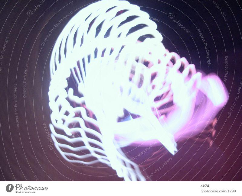 Lila Schlieren 4 violett Streifen weiß Langzeitbelichtung