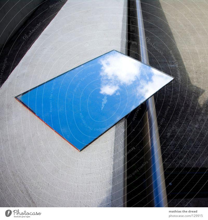 BETONHIMMEL Spiegel Spiegelbild Reflexion & Spiegelung Wand Fassade kalt Asphalt dunkel Ecke Trauer Einsamkeit trist Wolken Hoffnung schön Physik