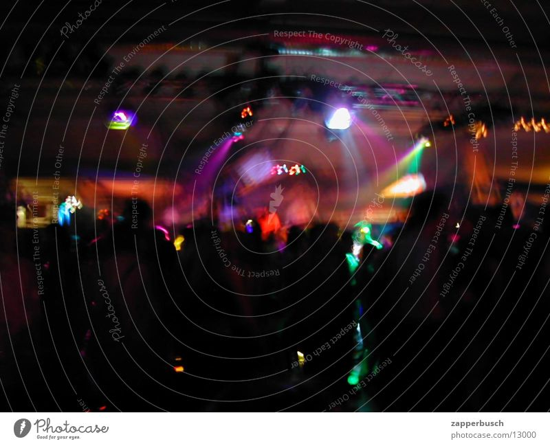 Party 01 Mensch Licht Tanzen Partygast Scheinwerfer Beleuchtungselement dunkel Menschengruppe