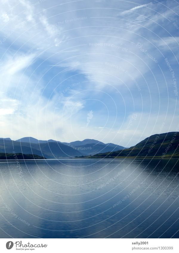 Ruhe und Gelassenheit... Himmel Natur blau Sommer Erholung Meer Einsamkeit Landschaft Berge u. Gebirge natürlich Küste außergewöhnlich See Horizont