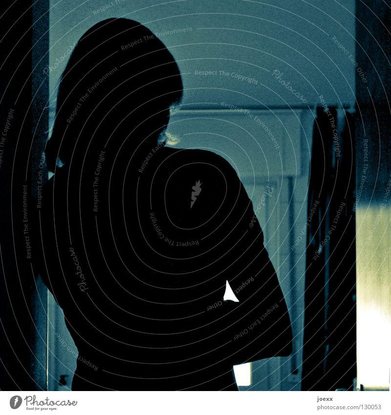 Ein schöner Rücken... Frau Traurigkeit Arme Rücken geschlossen Trauer Konflikt & Streit Ärger rückwärts Liebeskummer blockieren stumm verschränken abweisend ärgerlich