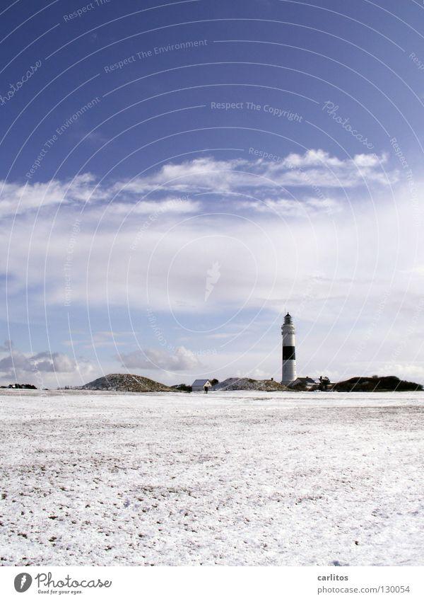 Inselwinter Himmel weiß Meer blau rot Strand Ferne Lampe Schnee Freiheit Sand Luft Wasserfahrzeug Küste Wind hoch
