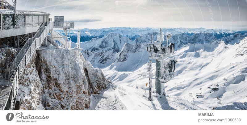 wondervoll winter day on the Zugspitze Natur Ferien & Urlaub & Reisen weiß Sonne Landschaft Wolken Winter kalt Berge u. Gebirge Freiheit Stein Deutschland Felsen Tourismus Europa Telekommunikation