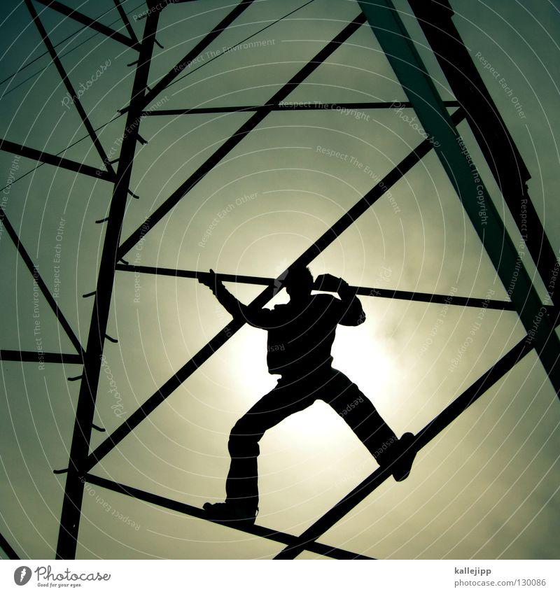 strompreiserhöhung Elektrizität Steigung Sonnenenergie Strommast Licht Wolken Mann Mensch Lifestyle Verstrebung Hochspannungsleitung Verbindung Kurzschluss