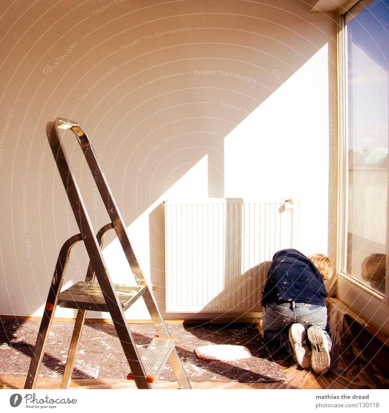 MISSION WHITE Mann Himmel weiß Sonne Ferne Farbe Arbeit & Erwerbstätigkeit Wand Fenster Linie Zufriedenheit hell Metall blond hoch verrückt