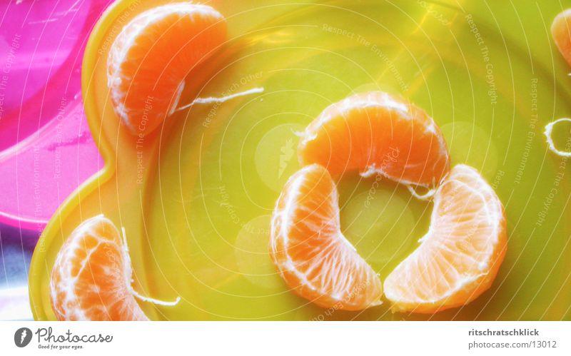 vitamine Ernährung gelb Teller Frucht Mandarine