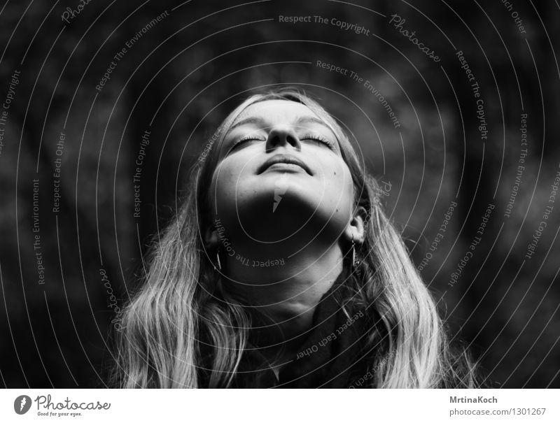 Ruhe. Mensch feminin Junge Frau Jugendliche Erwachsene Kopf 1 13-18 Jahre 18-30 Jahre Kraft Willensstärke Akzeptanz Vertrauen Sicherheit Einigkeit Liebe Treue