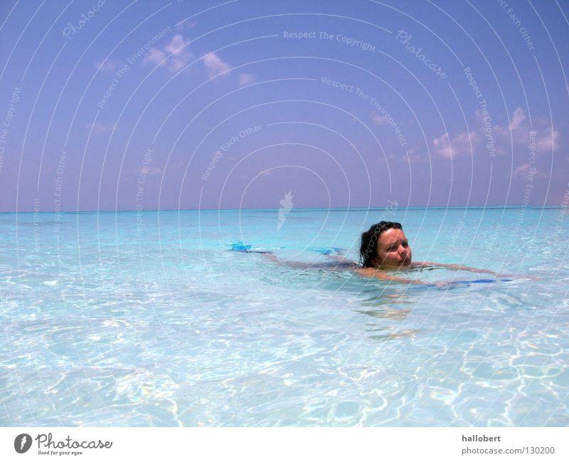 Malediven Water 16 Wasser Meer tauchen Malediven Wassersport Riff Unterwasseraufnahme Schnorcheln