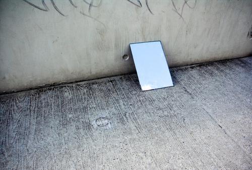 STILL HOPE NUMBER TWO Spiegel Spiegelbild Reflexion & Spiegelung Wand Fassade kalt Asphalt dunkel Ecke Trauer Einsamkeit trist Wolken Hoffnung schön Physik
