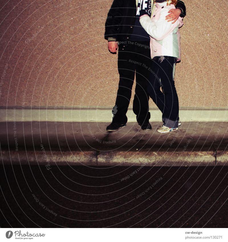 dark | Peace Love Unity Strength Hope Frau Mensch Mann Jugendliche blau weiß Winter schwarz Liebe Herbst feminin Straße dunkel Wand Stil Stein