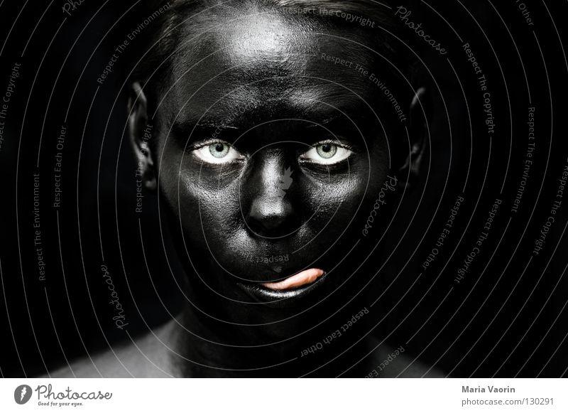 crazy black (8) Frau Freude schwarz Farbe dunkel Traurigkeit dreckig verrückt geheimnisvoll außergewöhnlich Geister u. Gespenster mystisch Zunge Unsinn unheimlich sinnlos