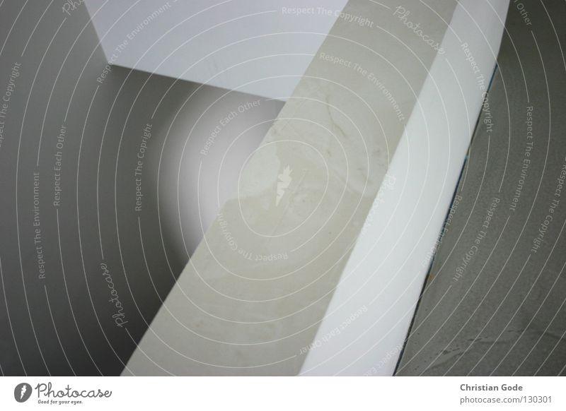 Konstruktion, Dekonstruktion, Rekonstruktion alt weiß schwarz Farbe Wand grau Stein Mauer Gebäude Raum Wohnung Beton Treppe neu Ecke