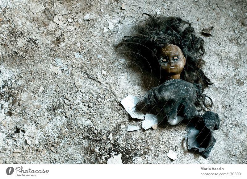 Willst du mit mir spielen? (2) Spielen Kopf Kindheit blond Angst verrückt Vergänglichkeit Spielzeug gruselig Schminke obskur Puppe Seele Panik unheimlich