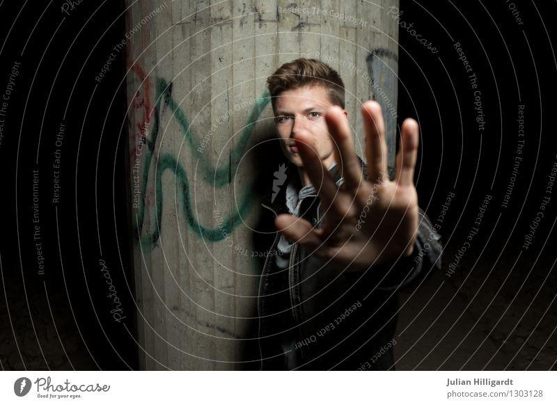 cantStop Mensch Jugendliche schön Hand Junger Mann 18-30 Jahre Erwachsene Gefühle Graffiti Stil Lifestyle Mode elegant Kraft stehen Erfolg