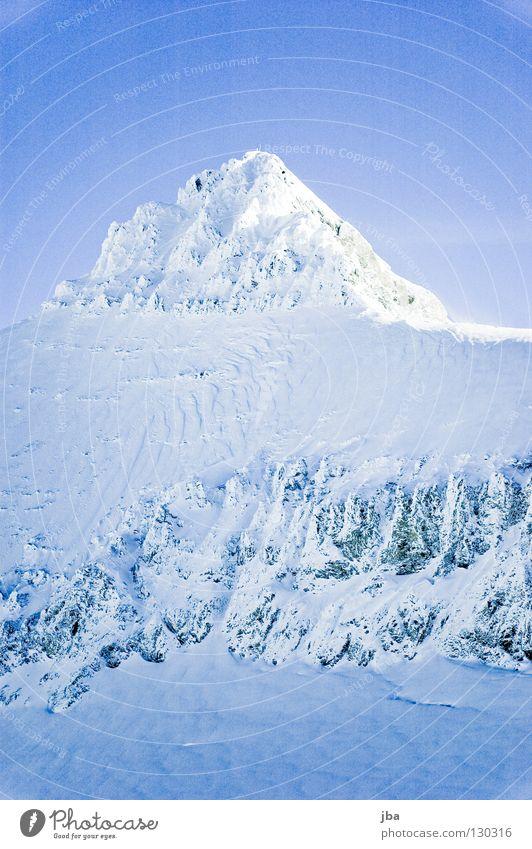 verschneiter schöner Himmel weiß blau Ferien & Urlaub & Reisen Schnee Berge u. Gebirge Stein hoch Spitze Gipfel Seite Bergsteigen Gletscher Berghang steil