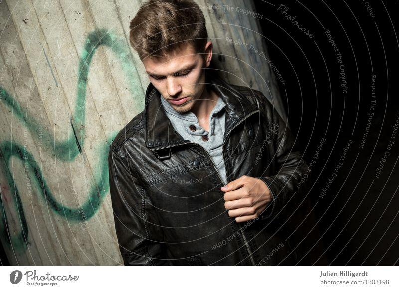 meins Lifestyle elegant Stil schön Mensch Junger Mann Jugendliche 1 18-30 Jahre Erwachsene Mode Bekleidung Leder stehen ästhetisch Coolness Erfolg seriös