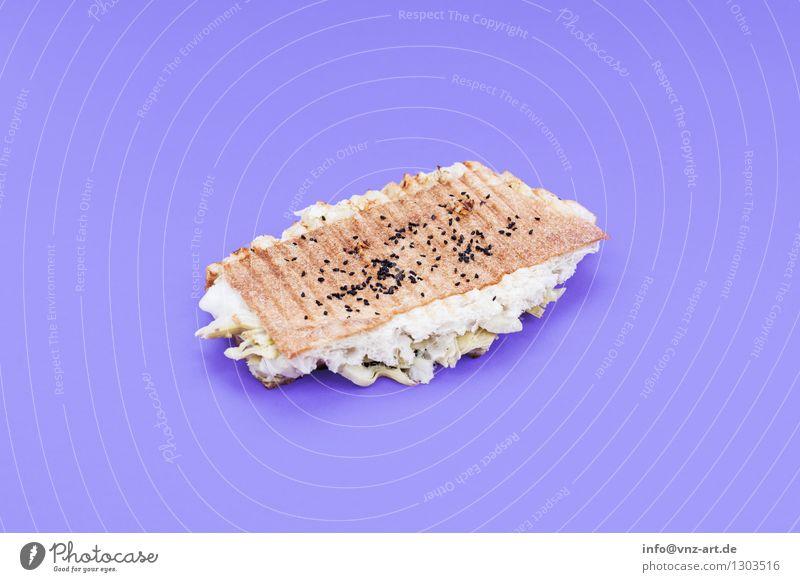 Sandwich Farbe Speise Essen Foodfotografie außergewöhnlich violett lecker graphisch Werkstatt Brot Mahlzeit Geschmackssinn Käse Snack Belegtes Brot Toastbrot