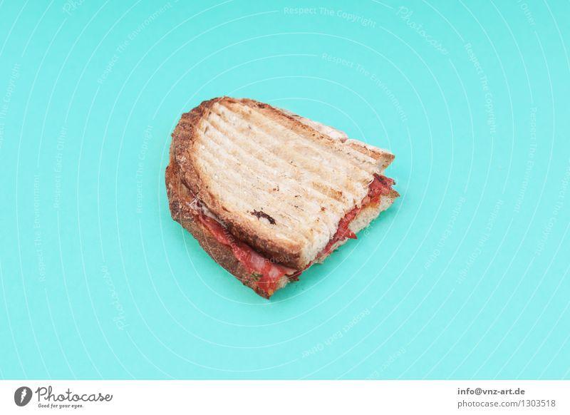 Sandwich Speise Essen Foodfotografie außergewöhnlich lecker graphisch türkis Werkstatt Brot Mahlzeit Geschmackssinn Tomate getrocknet Käse Snack Belegtes Brot