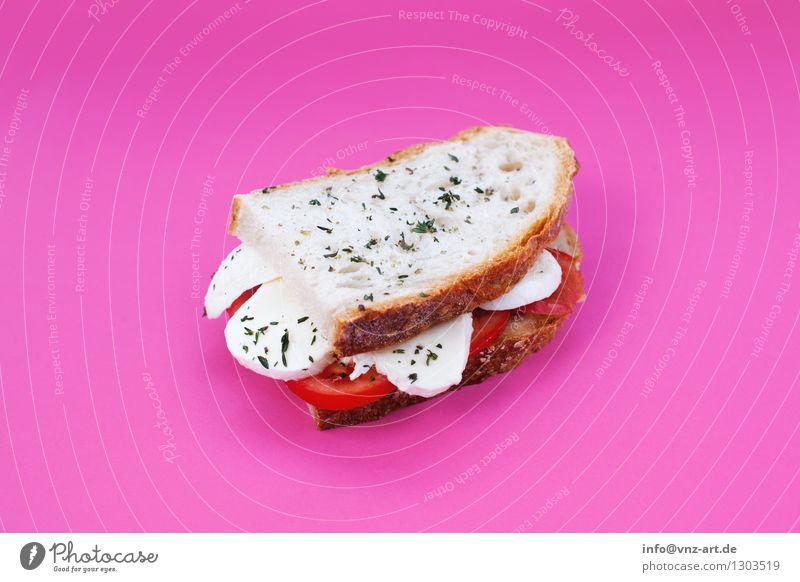 Sandwich Speise Essen Foodfotografie außergewöhnlich rosa lecker graphisch Werkstatt Brot Mahlzeit Vegetarische Ernährung Geschmackssinn Tomate getrocknet Käse