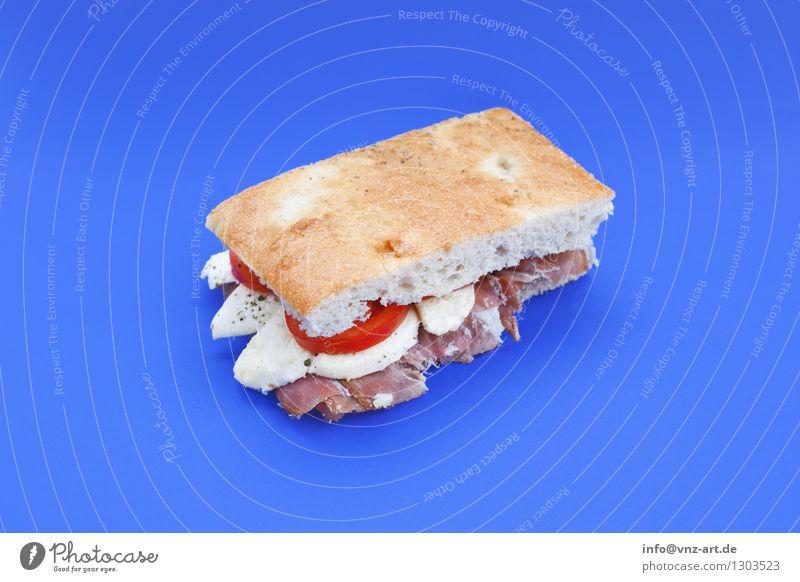 Sandwich blau Speise Essen Foodfotografie außergewöhnlich lecker graphisch Werkstatt Brot Mahlzeit Geschmackssinn Tomate Käse Snack Belegtes Brot Toastbrot