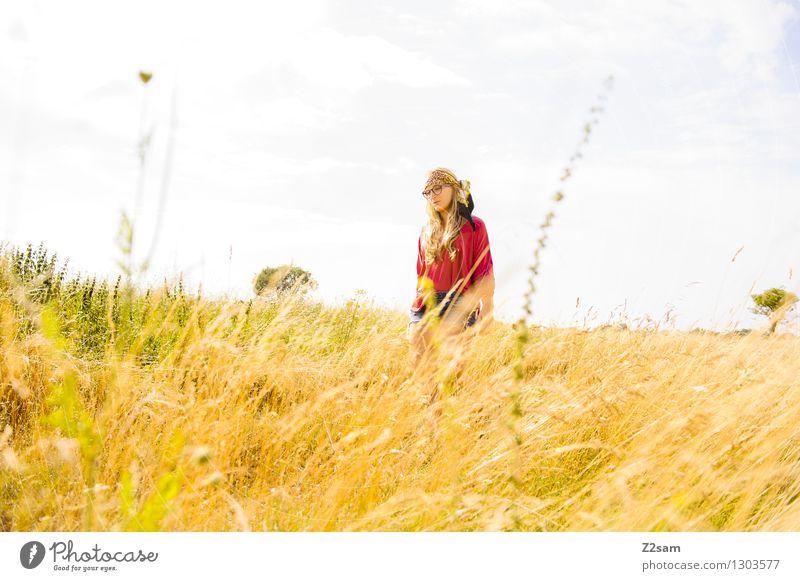 Hippie Lifestyle elegant Stil schön Freiheit Sommer feminin Junge Frau Jugendliche 18-30 Jahre Erwachsene Jugendkultur Mode Brille Kopftuch blond langhaarig