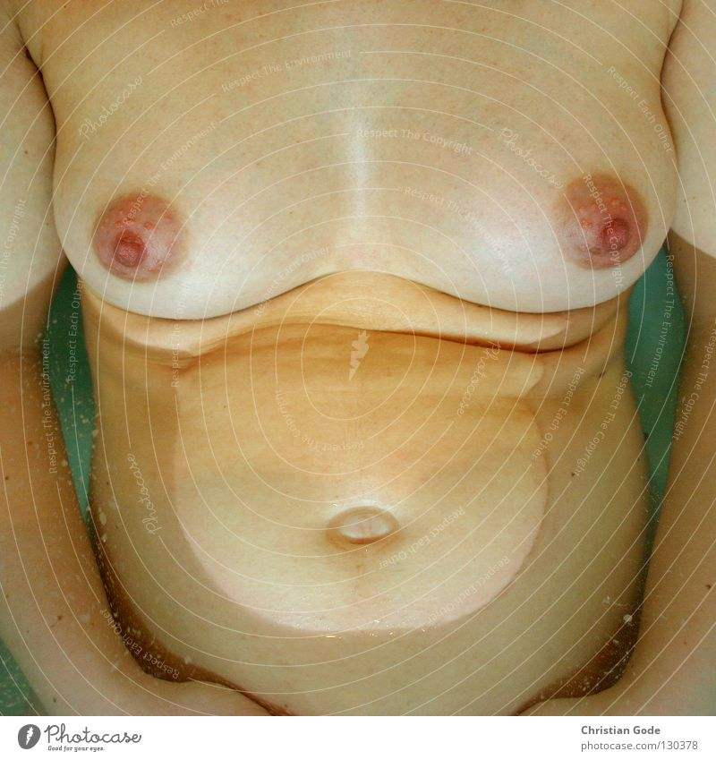 Frau nackt groß