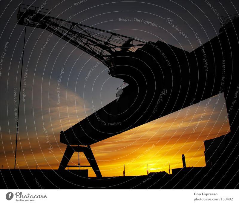 Fishtown-Sundown Himmel Sonne Wolken Wärme Industrie Physik Hafen Kran Abenddämmerung Schiffswerft Bremerhaven