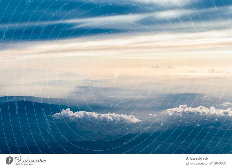 Schönwattewolke im Abendlicht Luft Himmel Wolken Horizont Sonnenaufgang Sonnenuntergang Sommer Schönes Wetter ästhetisch Ferne Unendlichkeit oben Kumulus