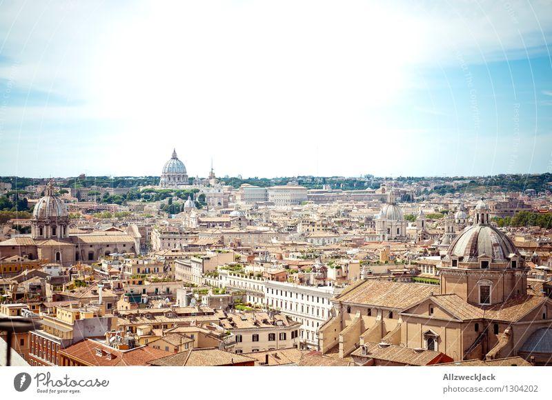 Rom II Italien Europa Hauptstadt Altstadt Dom Sehenswürdigkeit alt ästhetisch Stadt braun Vatikan Petersdom Kuppeldach Skyline Farbfoto Außenaufnahme