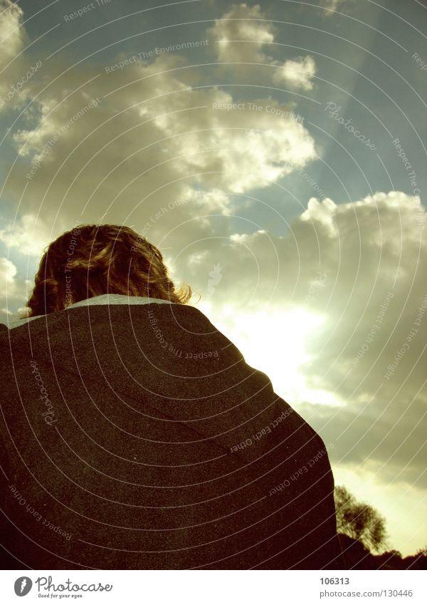 LAST SUMMER Sommer Wolken Mann maskulin Körperhaltung Sonnenaufgang Sonnenuntergang Himmel Angst Panik Typ guy Rücken sunrise sundown Natur sky cloud clouds