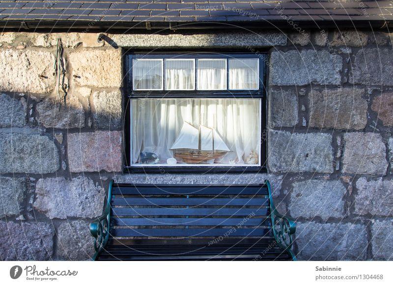 Geruhsames Plätzchen Aberdeen Schottland Dorf Fischerdorf Menschenleer Haus Bauwerk Gebäude Architektur Cottage Hütte Mauer Wand Fassade Fenster Zufriedenheit