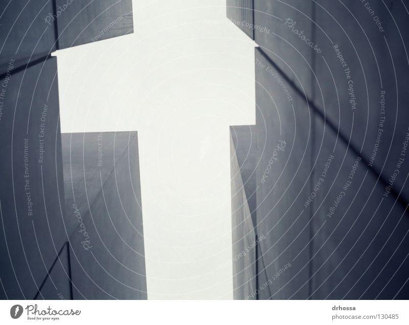 Holocaust Mahnmal Berlin Beton Denkmal Wahrzeichen erinnern entwenden Massenmord