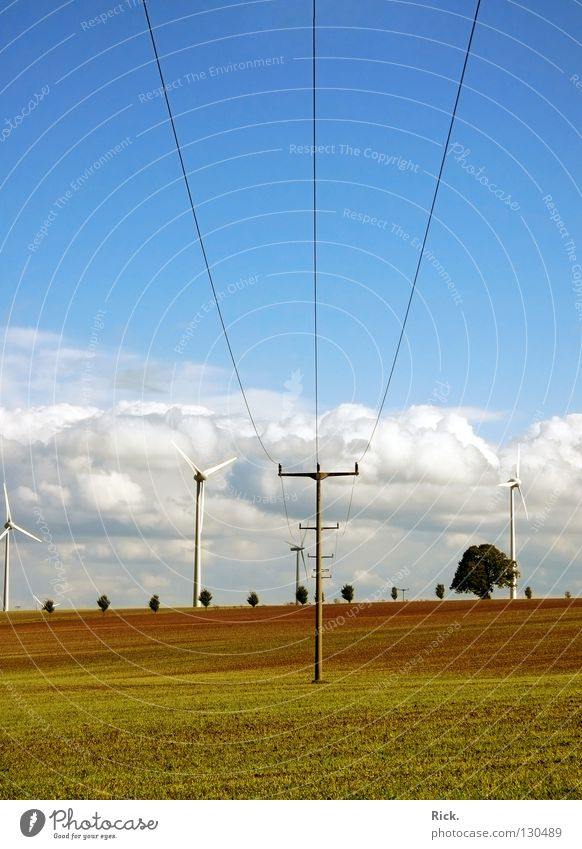 .Clean Power 3 Himmel Natur blau weiß grün Wolken Farbe Wiese Landschaft Feld Kraft Energiewirtschaft Perspektive Elektrizität Kabel Industrie