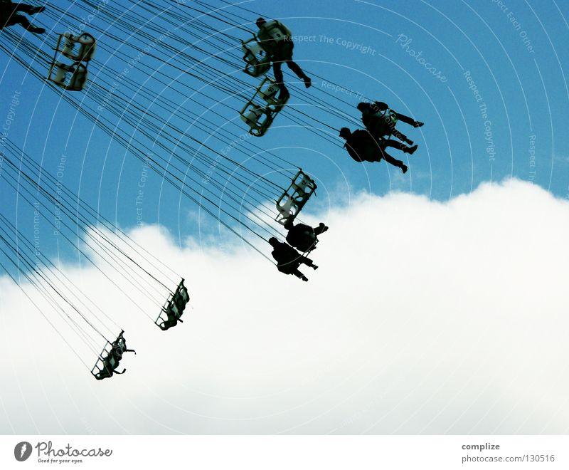 Schleudersitz Mensch Mann Sonne Sommer Freude Wolken Spielen oben Glück Musik lustig Feste & Feiern Wind Angst fliegen hoch