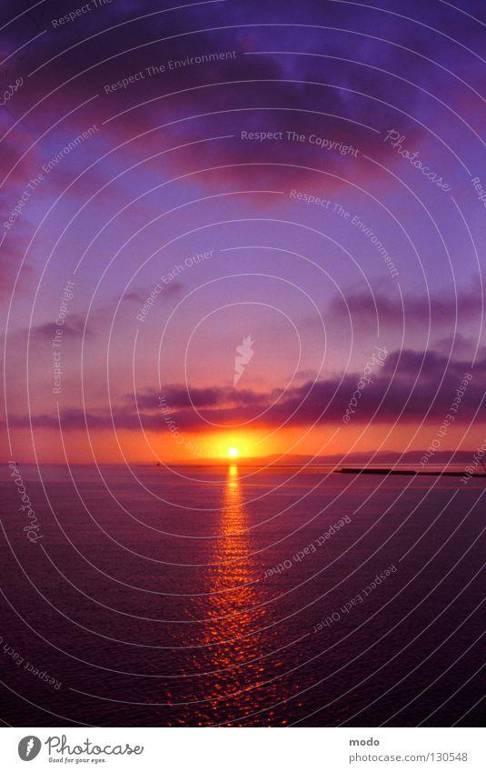 l'alba Sonne Meer ruhig Wolken Graffiti Stimmung Horizont Beginn Hoffnung Romantik Italien Amerika Himmelskörper & Weltall
