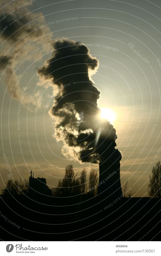 (Solar) Kraftwerk Himmel Sonne schwarz Wolken dunkel Beton Industrie Energiewirtschaft Maschine Kohlekraftwerk