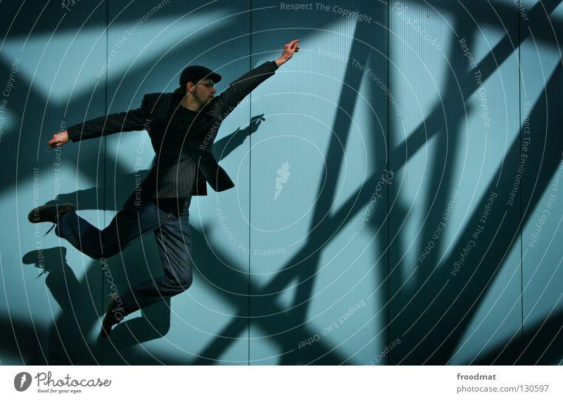 29 jähriges Kind Superman aufstrebend Wand Streifen Anzug springen Nervosität vorwärts dumm geschäftlich Verlobung Mann maskulin zielstrebig Stil lässig