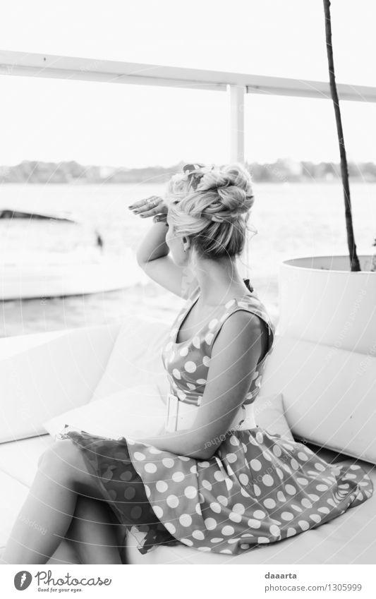Chechikng Boote Ferien & Urlaub & Reisen Erholung Freude Leben feminin Stil Spielen Feste & Feiern Freiheit Lifestyle Stimmung wild Freizeit & Hobby elegant