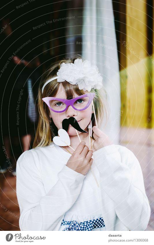 Freude Mädchen Leben Gefühle feminin lustig Stil Spielen Feste & Feiern Freiheit Lifestyle Stimmung Freizeit & Hobby Fröhlichkeit Ausflug Lebensfreude